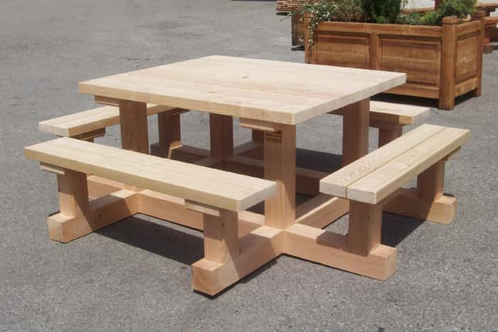 table et banc exterieur table de picnic carr e en bois avec bancs sapin impregne table de. Black Bedroom Furniture Sets. Home Design Ideas