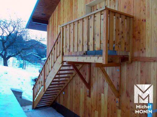 escaliers en bois pour l'extérieur