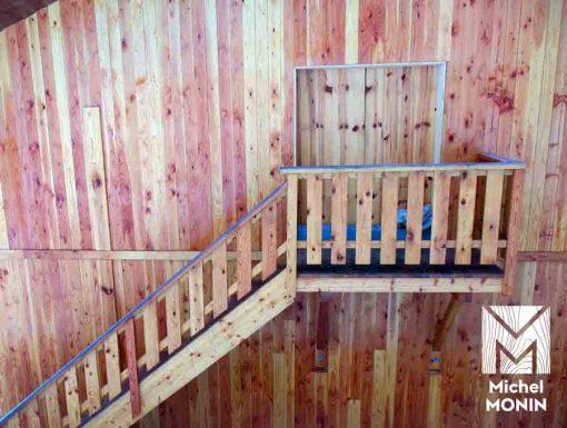 escaliers d'extérieur en bois