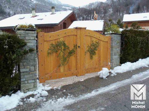 portail maison bois
